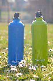 Une gourde bleue ou verte offerte dès 100 euros d'achat.
